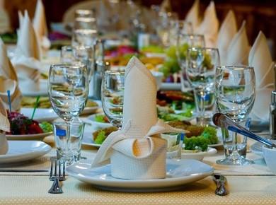 Понятие о кейтеринге Еще пару лет назад слово «кейтеринг» было известно только профессионалам ресторанного дела. Сейчас же эта услуга приобрела массов...